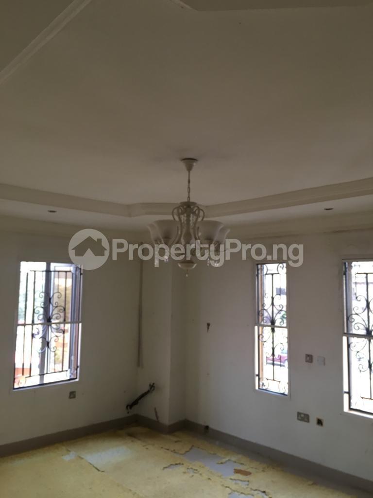 4 bedroom Semi Detached Duplex House for rent Magodo ph2 estate shangisha off cmd road. Magodo GRA Phase 2 Kosofe/Ikosi Lagos - 7