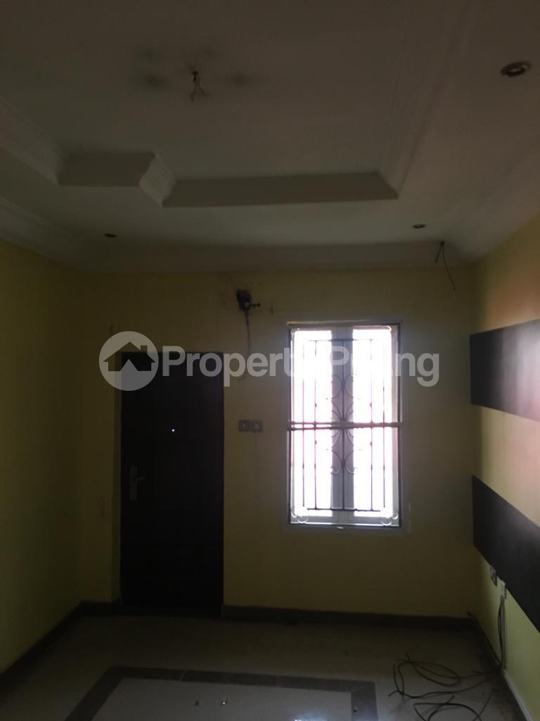 4 bedroom Semi Detached Duplex House for rent Magodo ph2 estate shangisha off cmd road. Magodo GRA Phase 2 Kosofe/Ikosi Lagos - 5