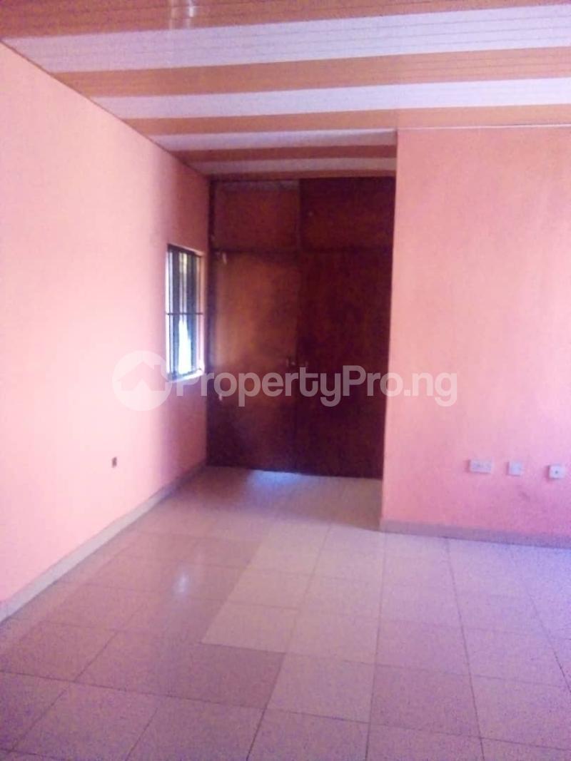 4 bedroom Detached Duplex House for rent Unity estate ojodu off grammar school. Unity estate Ojodu Lagos - 16
