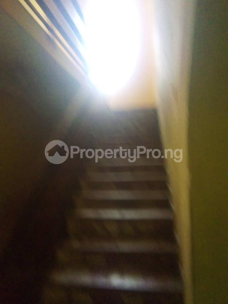 4 bedroom Detached Duplex House for rent Unity estate ojodu off grammar school. Unity estate Ojodu Lagos - 3