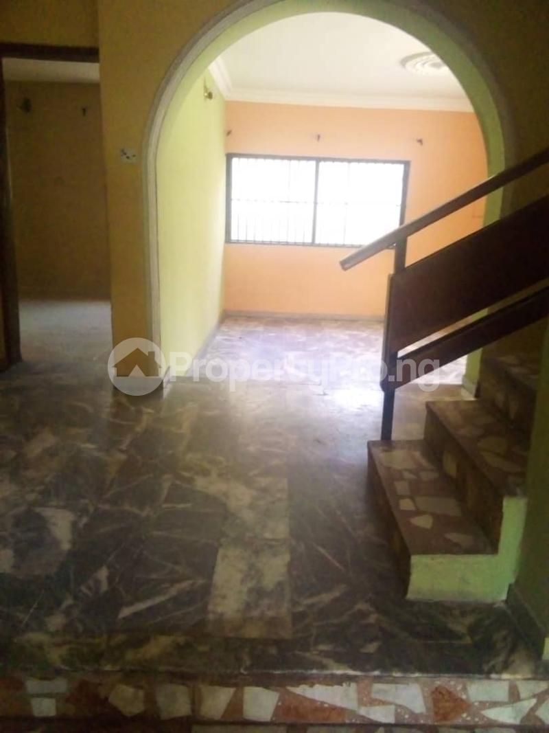 4 bedroom Detached Duplex House for rent Unity estate ojodu off grammar school. Unity estate Ojodu Lagos - 6