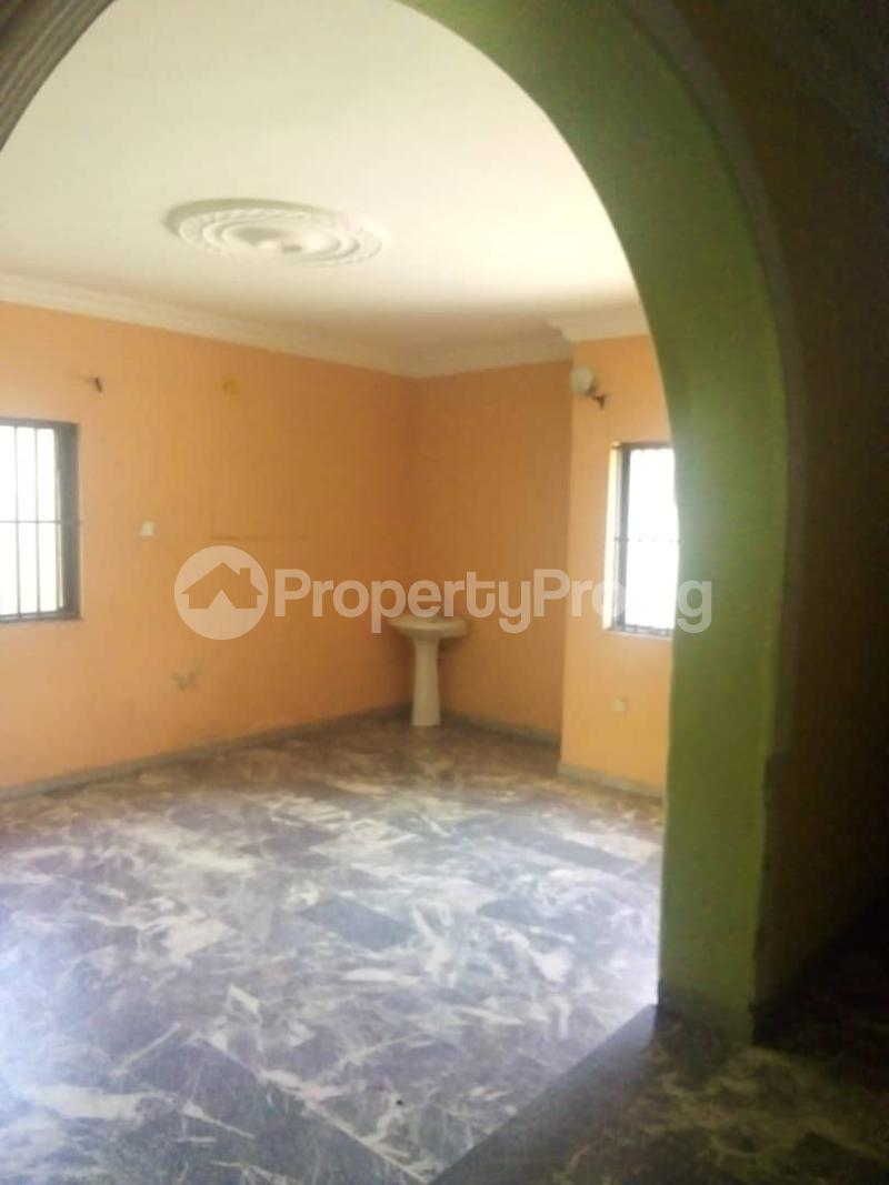 4 bedroom Detached Duplex House for rent Unity estate ojodu off grammar school. Unity estate Ojodu Lagos - 27