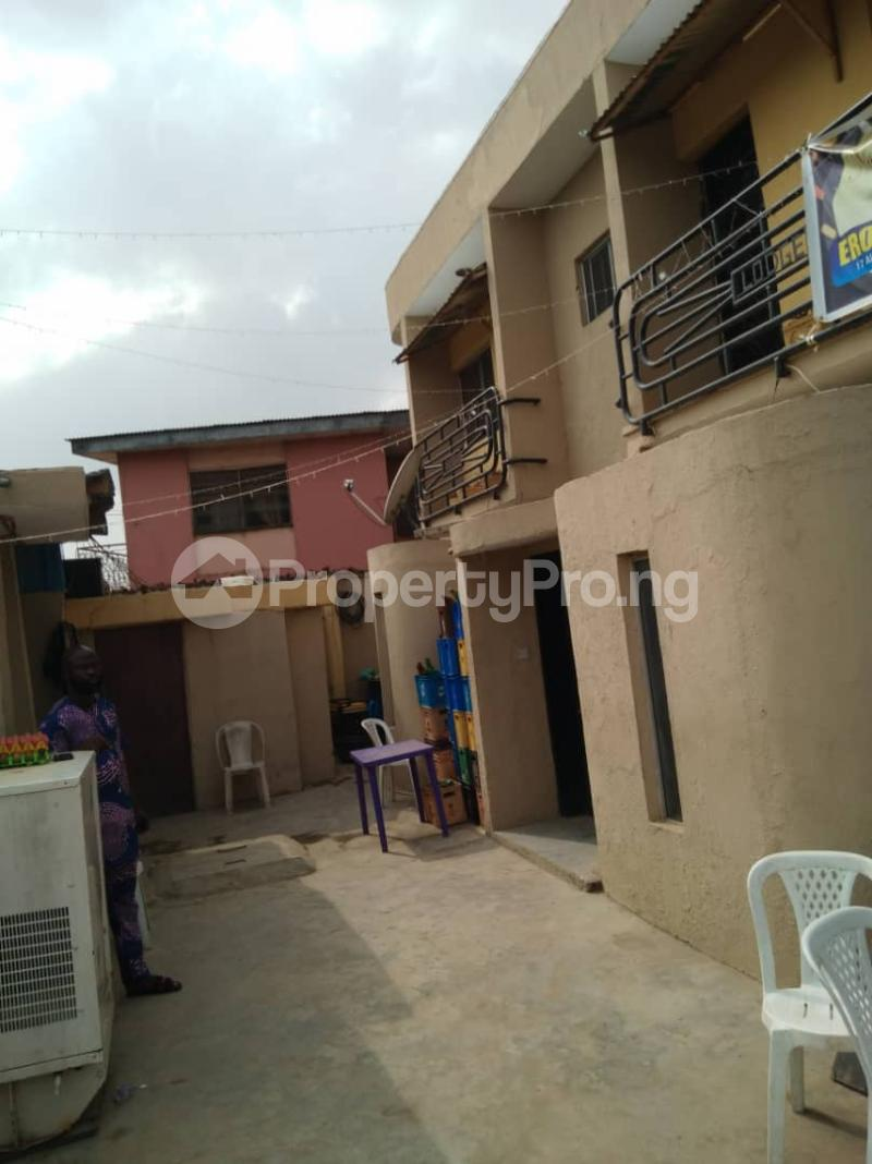 5 bedroom Blocks of Flats House for sale Mafoluku Mafoluku Oshodi Lagos - 1