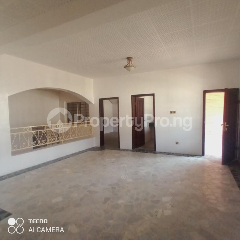 5 bedroom Detached Duplex for sale Agodi Gra Agodi Ibadan Oyo - 4