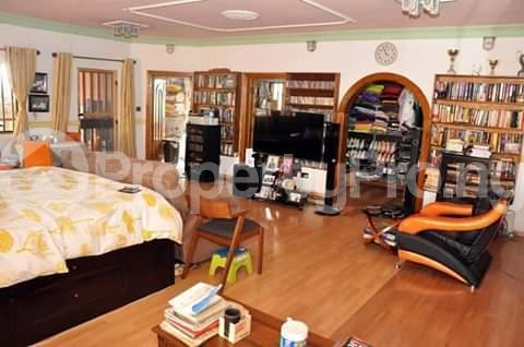 Detached Duplex House for sale Festac estate Festac Amuwo Odofin Lagos - 3