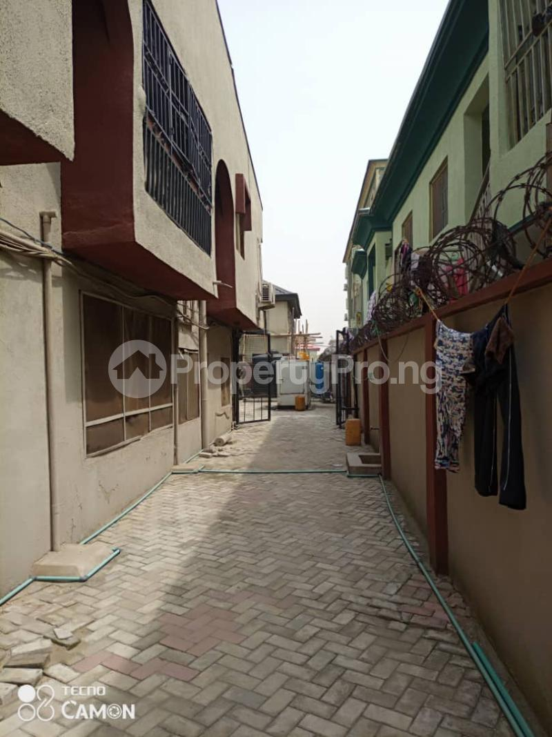 6 bedroom Detached Duplex House for sale Grandmate Ago palace Okota Lagos - 3