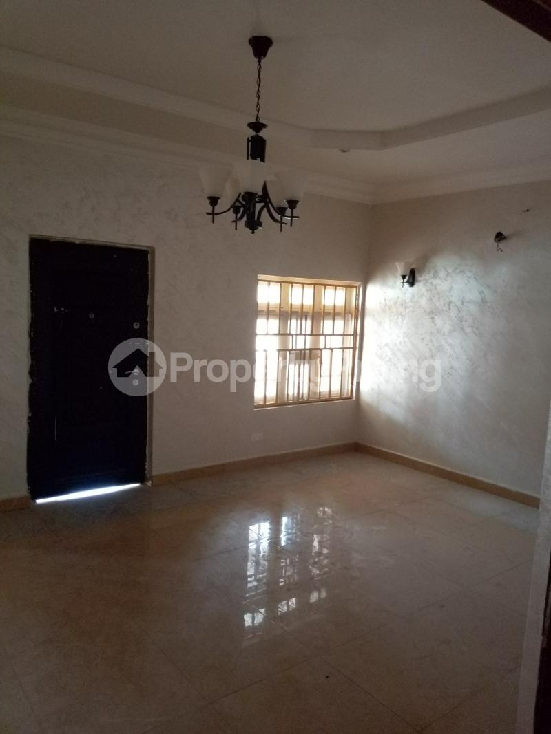 7 bedroom Massionette House for rent By Catholic Church Asokoro Abuja - 11