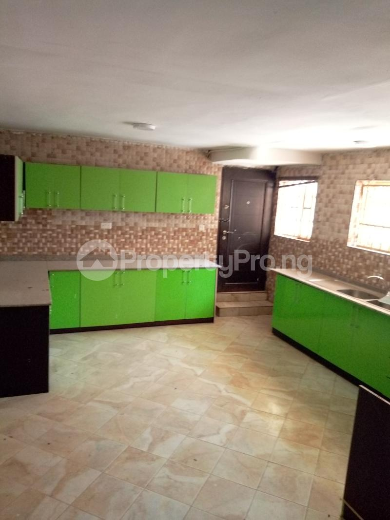 7 bedroom Massionette House for rent By Catholic Church Asokoro Abuja - 6