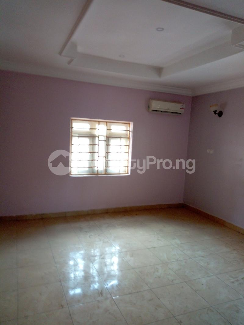7 bedroom Massionette House for rent By Catholic Church Asokoro Abuja - 8