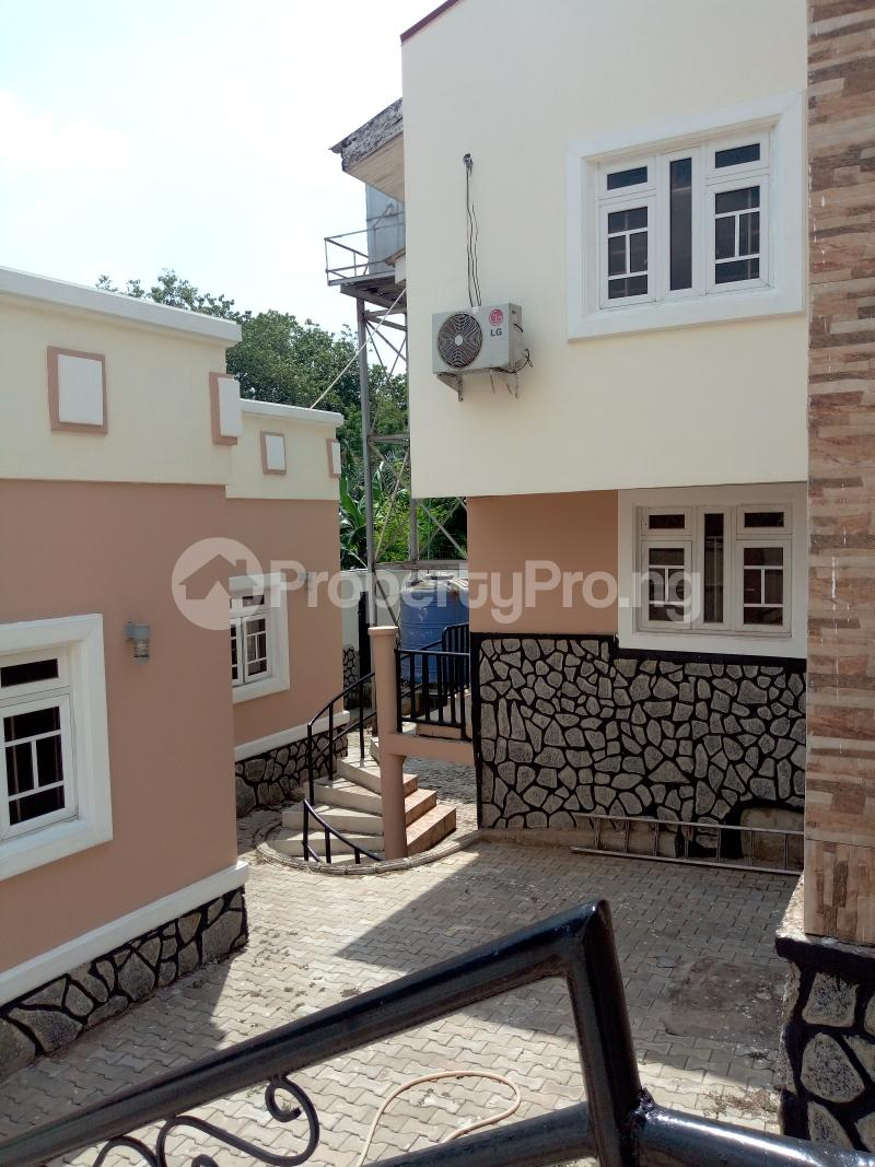 7 bedroom Massionette House for rent By Catholic Church Asokoro Abuja - 2