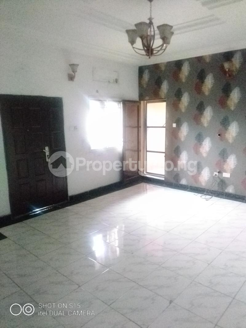 3 bedroom Flat / Apartment for rent Jibowu Jibowu Yaba Lagos - 1