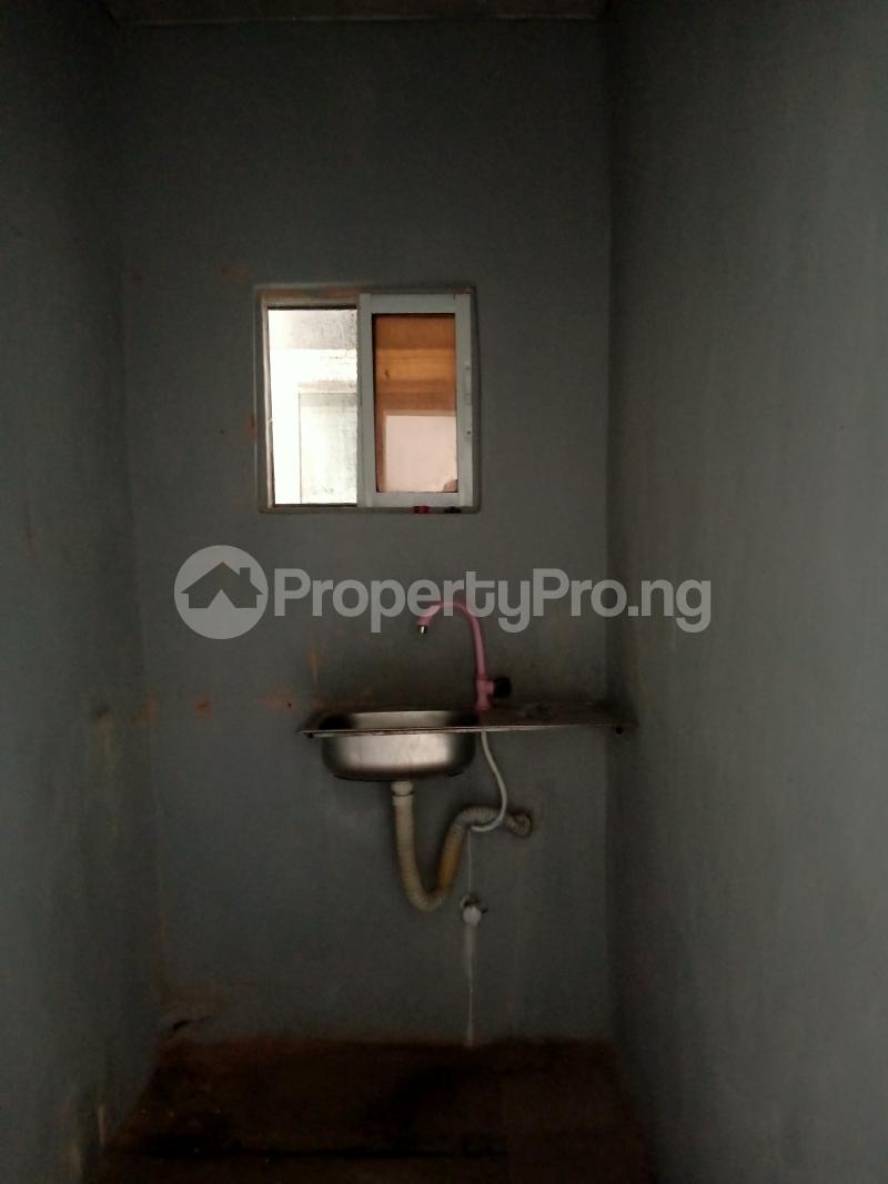 1 bedroom mini flat  Mini flat Flat / Apartment for rent Audu street,Abule oja-Yaba Akoka Yaba Lagos - 4