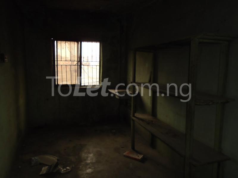 2 bedroom Flat / Apartment for rent off ayetoro Aguda Surulere Lagos - 4