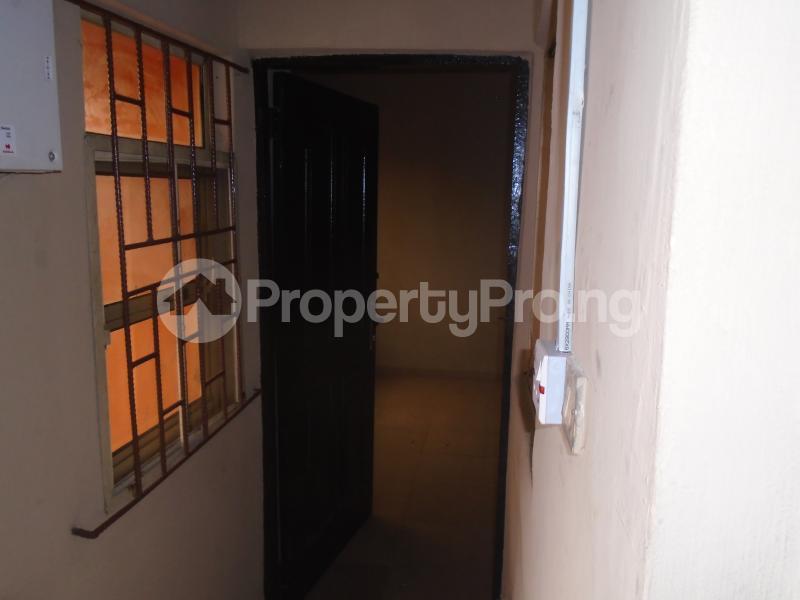 3 bedroom Blocks of Flats House for rent abimbola awoliyi estate Oko oba Agege Lagos - 10