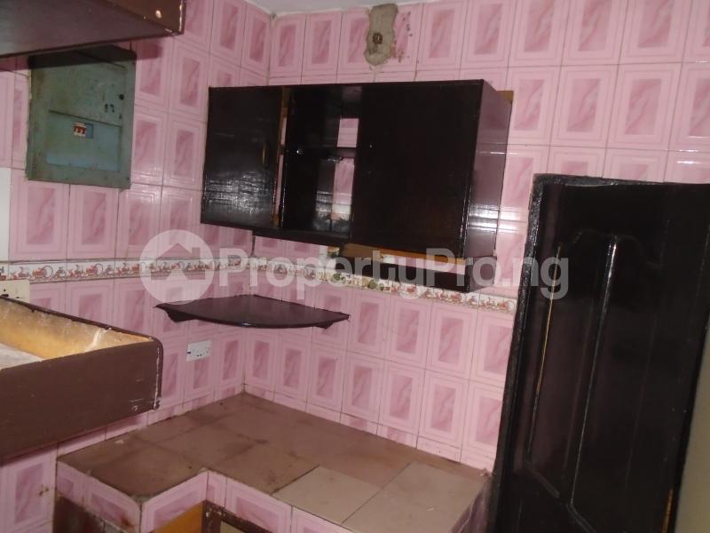 3 bedroom Blocks of Flats House for rent abimbola awoliyi estate Oko oba Agege Lagos - 9