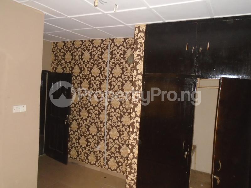 3 bedroom Blocks of Flats House for rent abimbola awoliyi estate Oko oba Agege Lagos - 15