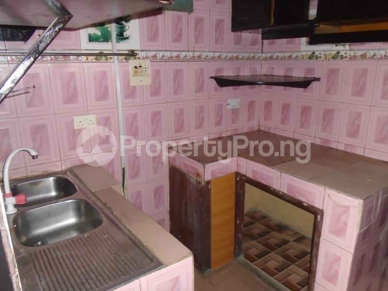 3 bedroom Blocks of Flats House for rent abimbola awoliyi estate Oko oba Agege Lagos - 8