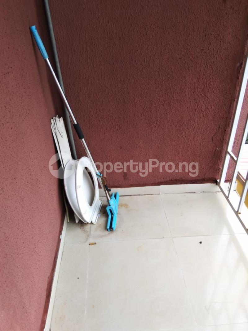 1 bedroom Mini flat for rent Alaka Estate Surulere Lagos - 4