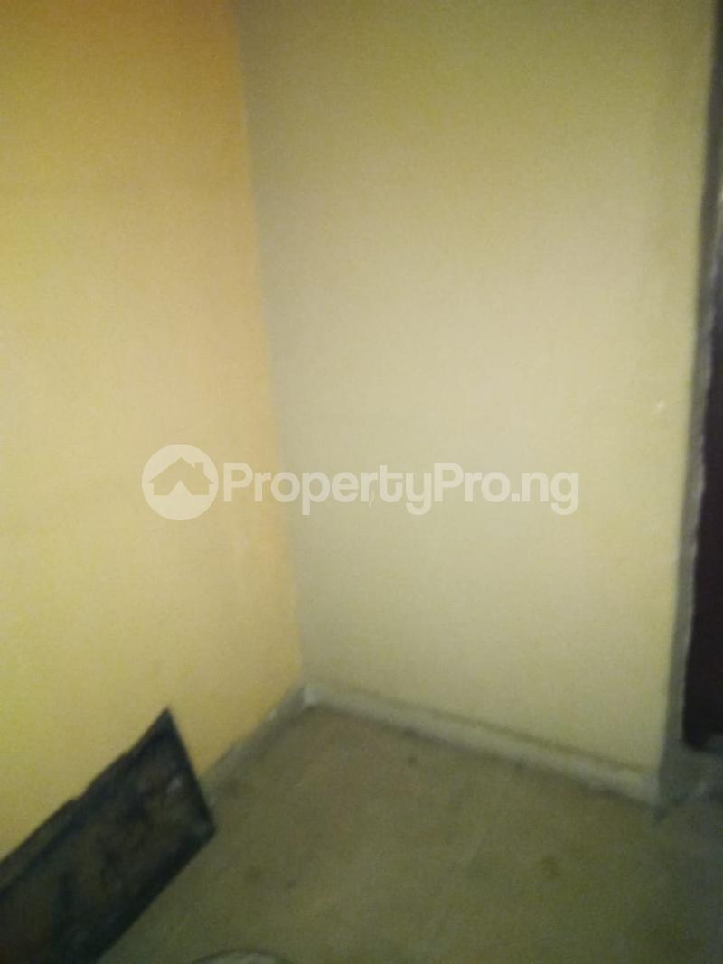 1 bedroom Mini flat for rent Alaka Estate Surulere Lagos - 24