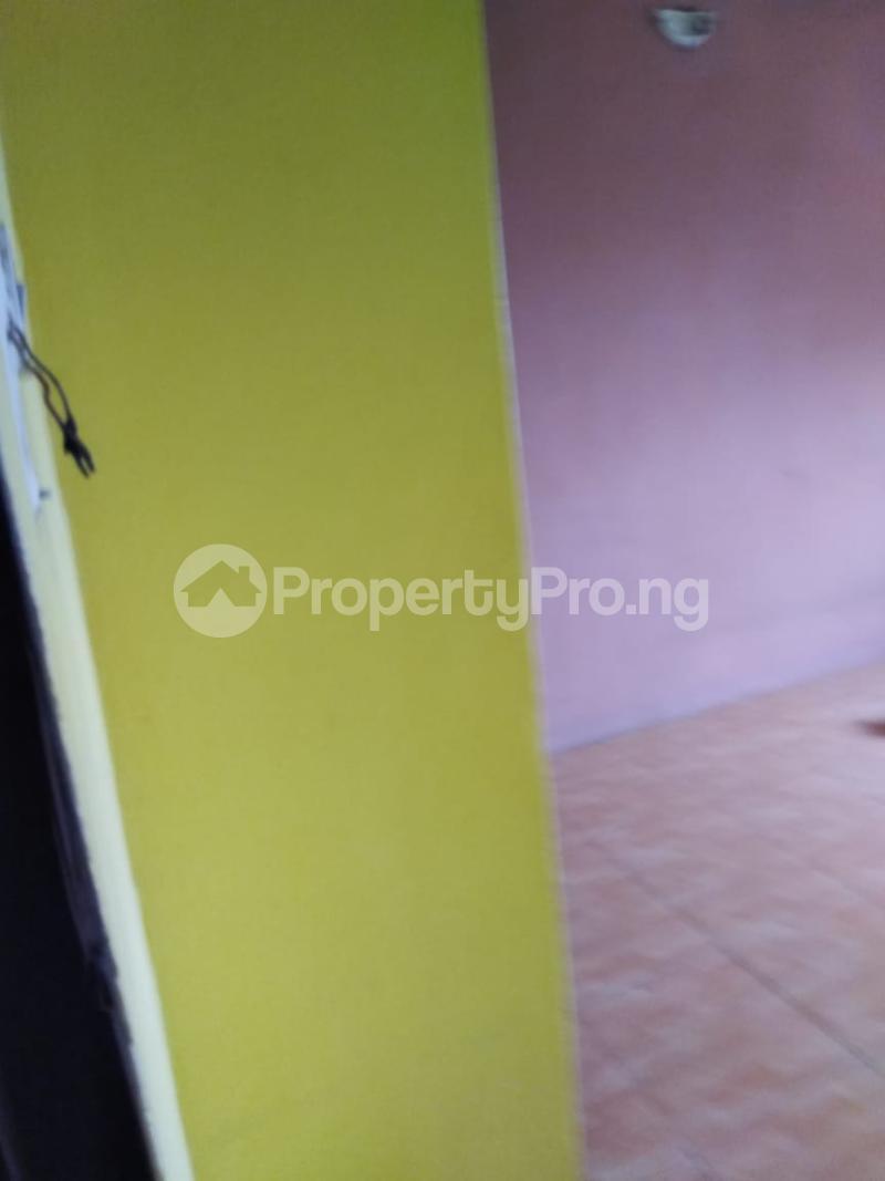 1 bedroom Mini flat for rent Alaka Estate Surulere Lagos - 7