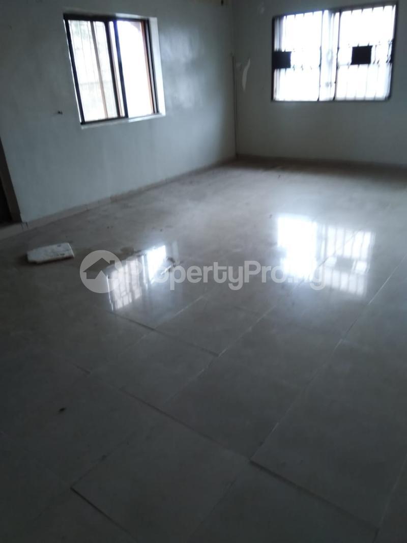 1 bedroom Mini flat for rent Alaka Estate Surulere Lagos - 10