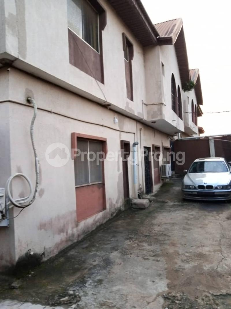 Blocks of Flats House for sale Ajao estate off international airport Airport Road(Ikeja) Ikeja Lagos - 3
