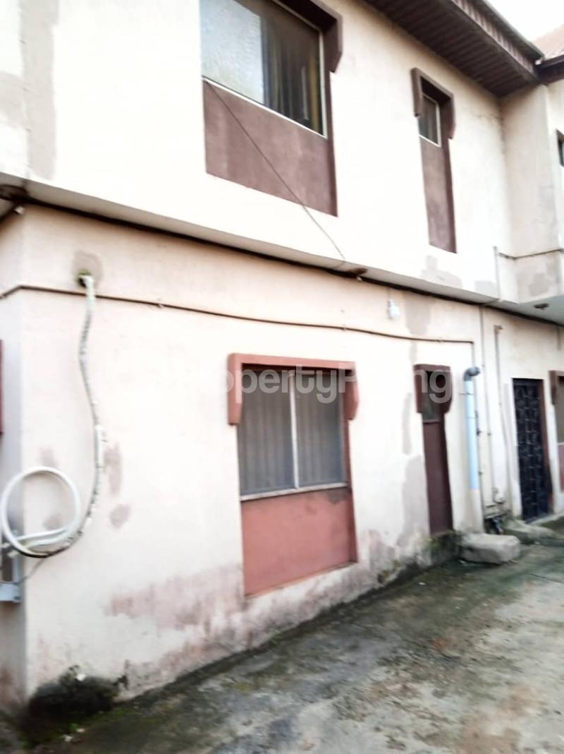 Blocks of Flats House for sale Ajao estate off international airport Airport Road(Ikeja) Ikeja Lagos - 11