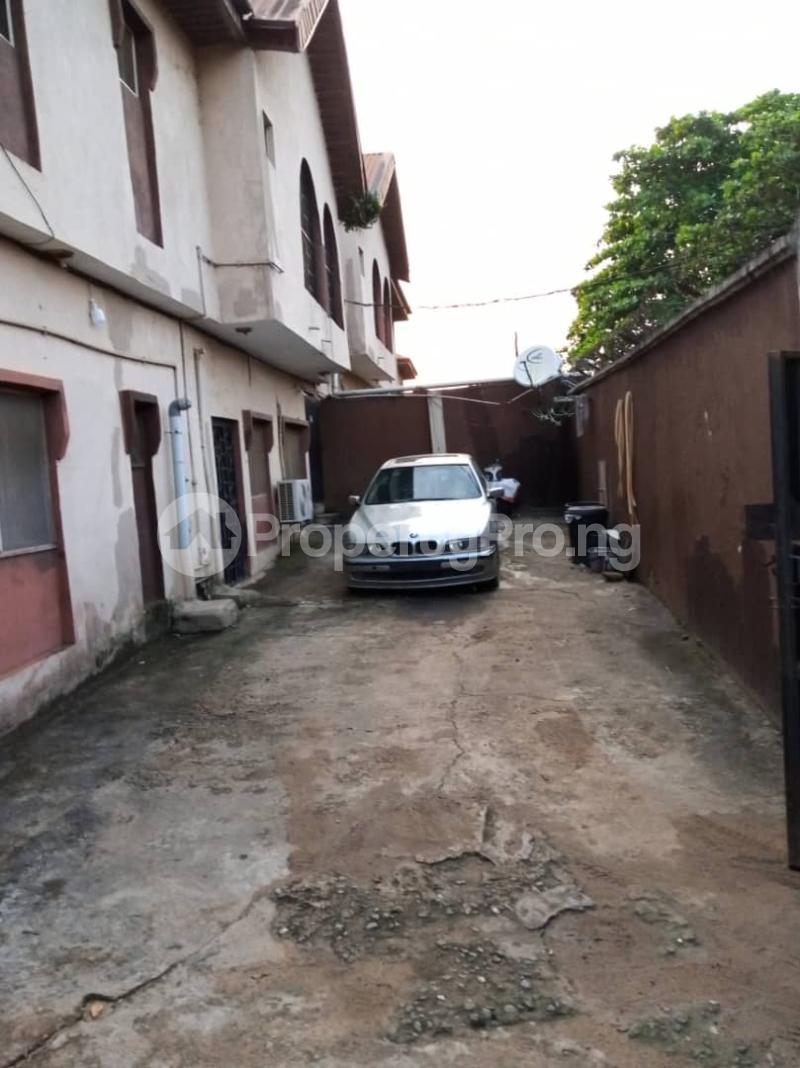 Blocks of Flats House for sale Ajao estate off international airport Airport Road(Ikeja) Ikeja Lagos - 9