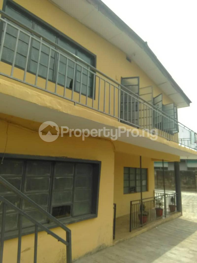 Blocks of Flats House for sale Shogunle close to bus stop Shogunle Oshodi Lagos - 8