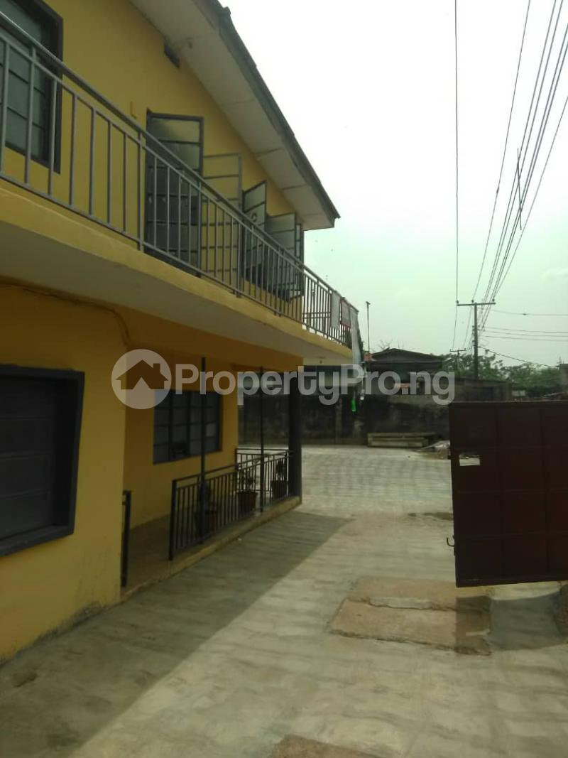 Blocks of Flats House for sale Shogunle close to bus stop Shogunle Oshodi Lagos - 4