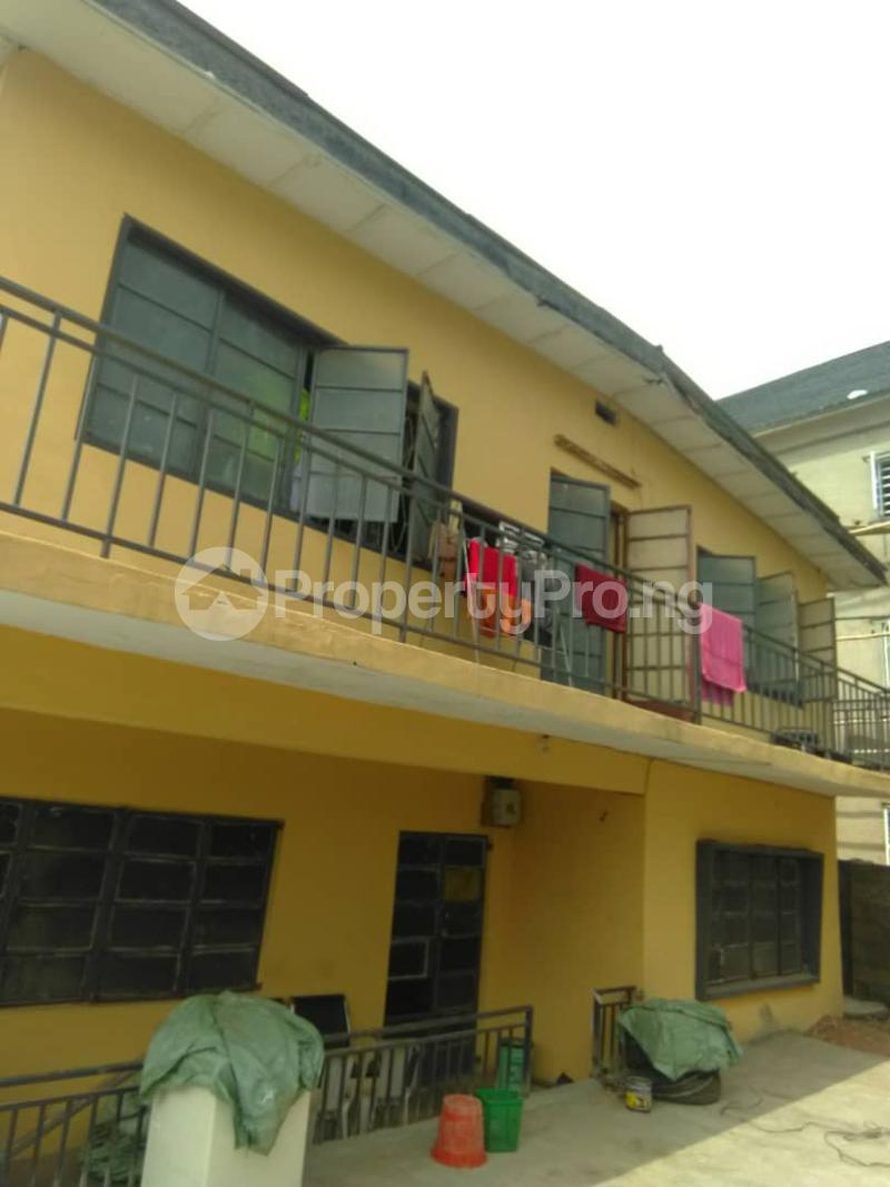Blocks of Flats House for sale Shogunle close to bus stop Shogunle Oshodi Lagos - 2