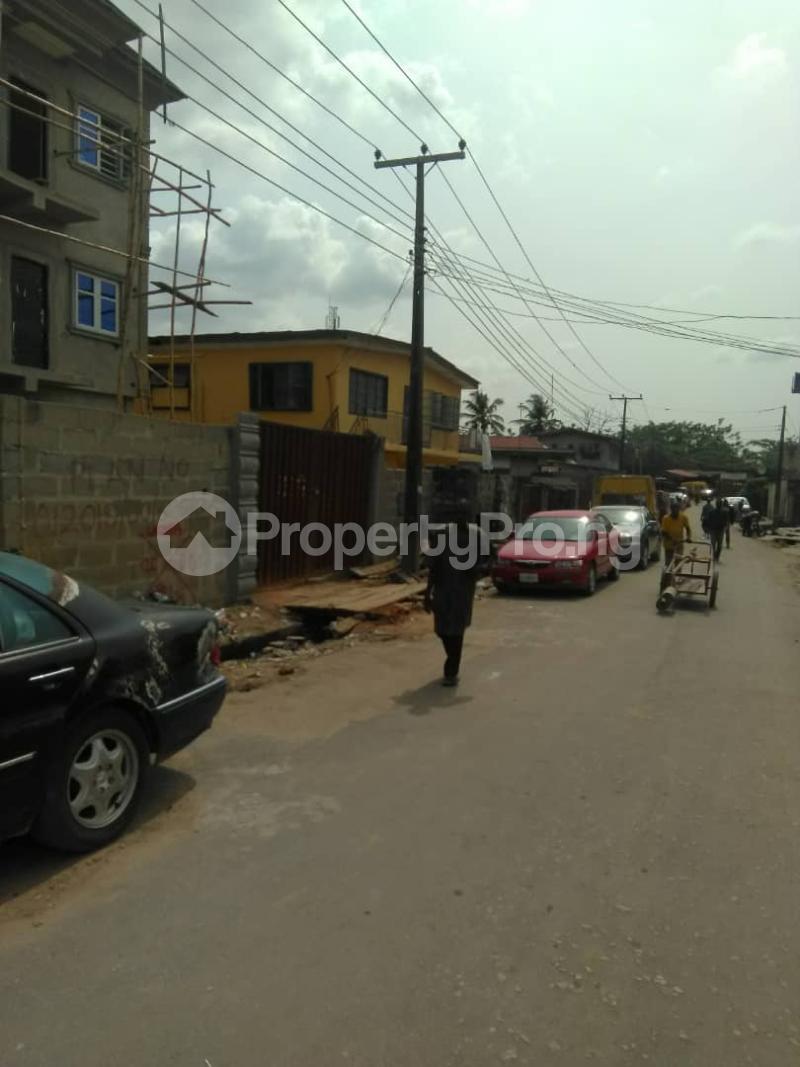 Blocks of Flats House for sale Shogunle close to bus stop Shogunle Oshodi Lagos - 5