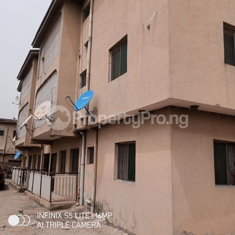 3 bedroom Blocks of Flats House for sale Deleorishbi Ago palace Okota Lagos - 0