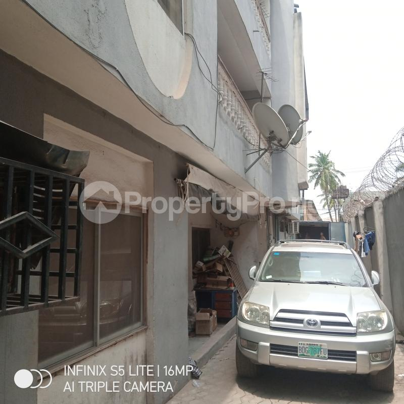 3 bedroom Blocks of Flats House for sale Century Ago palace Okota Lagos - 2