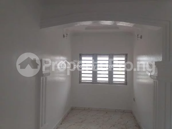3 bedroom Flat / Apartment for rent Estate Before Lagos Business School Ajah Lagos - 4