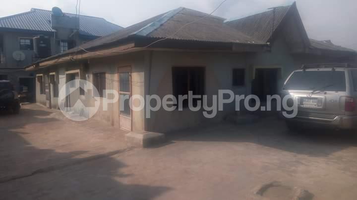 3 bedroom Detached Bungalow House for sale . Ejigbo Ejigbo Lagos - 1