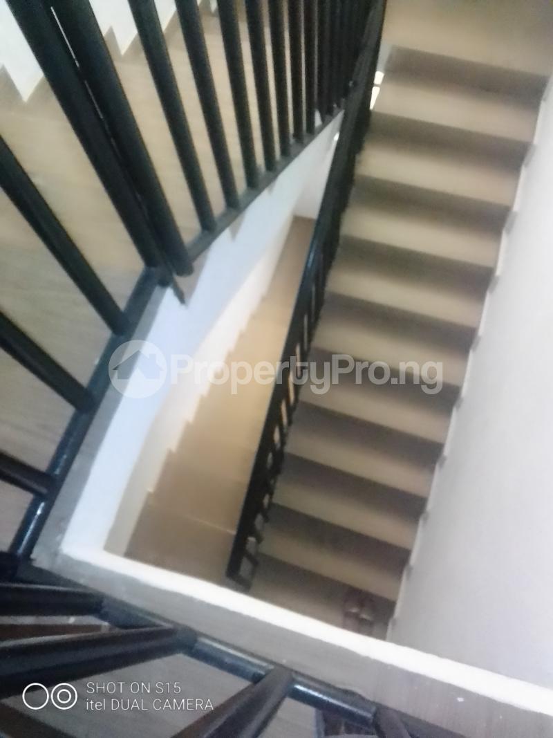 3 bedroom Penthouse Flat / Apartment for rent Folagoro area Fola Agoro Yaba Lagos - 1