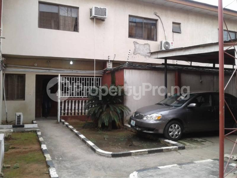 5 bedroom Flat / Apartment for sale Ajao Estate Isolo. Lagos Mainland  Ajao Estate Isolo Lagos - 0