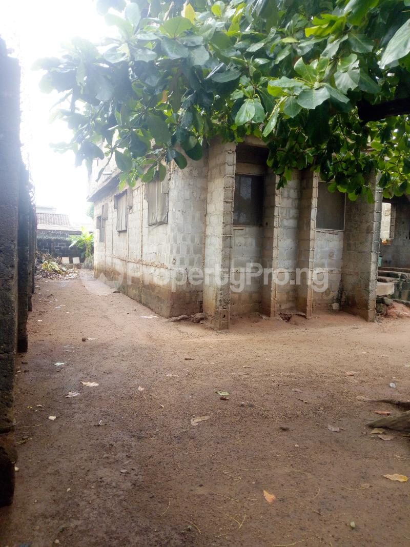 Residential Land Land for rent Egbeda close to bus stop Egbeda Alimosho Lagos - 2