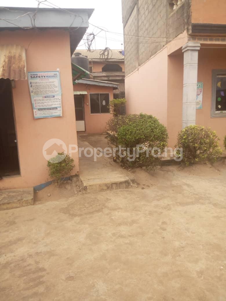 3 bedroom School Commercial Property for rent Kola agbado Alagbado Abule Egba Lagos - 3