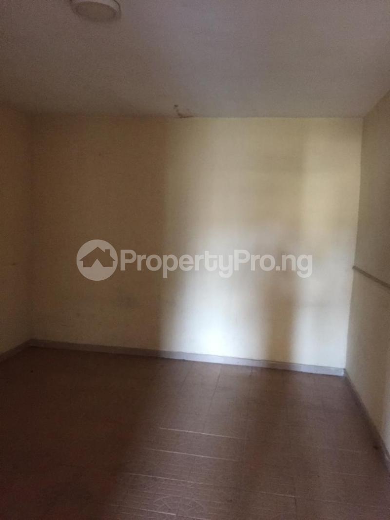 1 bedroom mini flat  Mini flat Flat / Apartment for rent Omole ph1 estate ojodu off ogunnusi road. Omole phase 1 Ojodu Lagos - 3