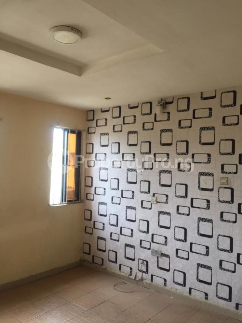 1 bedroom mini flat  Mini flat Flat / Apartment for rent Omole ph1 estate ojodu off ogunnusi road. Omole phase 1 Ojodu Lagos - 4