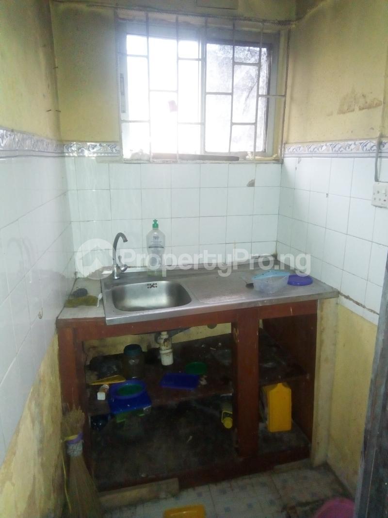 1 bedroom mini flat  Flat / Apartment for rent Module estate fola agoro Fola Agoro Yaba Lagos - 5