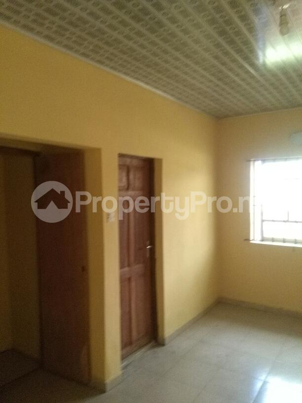 2 bedroom Flat / Apartment for rent Jakande estate Oke-Afa Isolo Lagos - 3