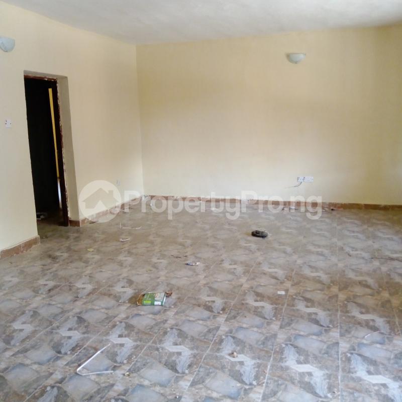 2 bedroom Flat / Apartment for rent I.k.j Bus Stop Bucknor. Bucknor Isolo Lagos - 20