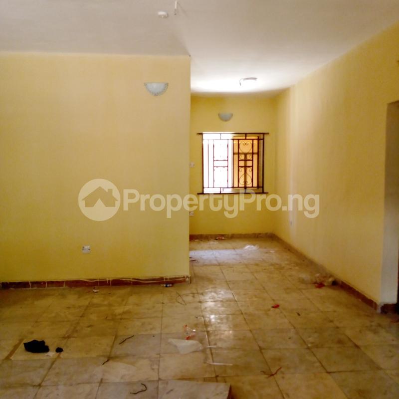 2 bedroom Flat / Apartment for rent I.k.j Bus Stop Bucknor. Bucknor Isolo Lagos - 22