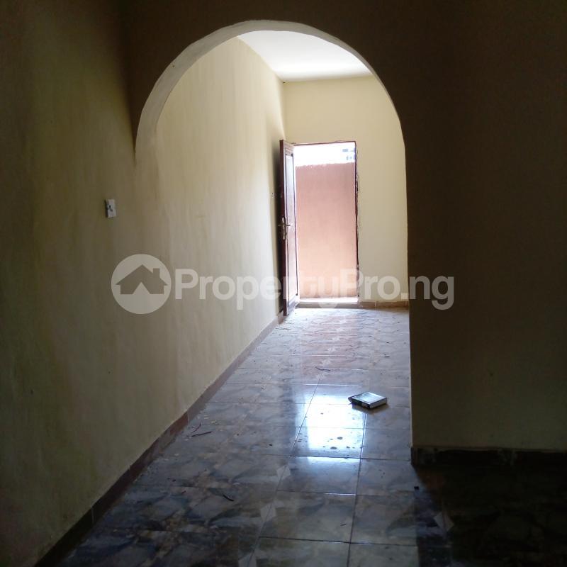 2 bedroom Flat / Apartment for rent I.k.j Bus Stop Bucknor. Bucknor Isolo Lagos - 23