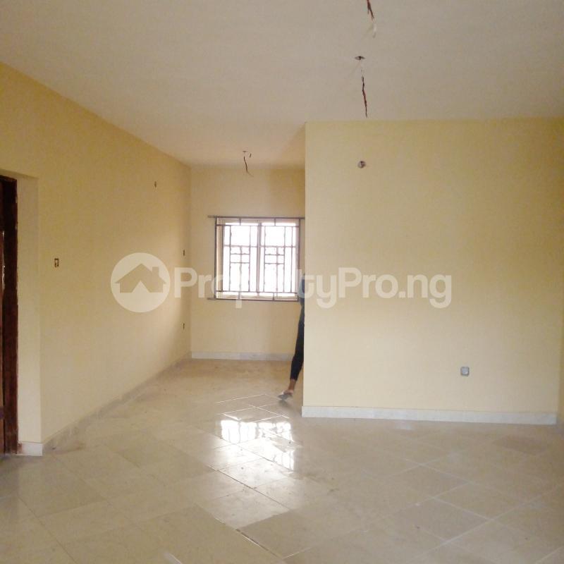 2 bedroom Flat / Apartment for rent I.k.j Bus Stop Bucknor. Bucknor Isolo Lagos - 18