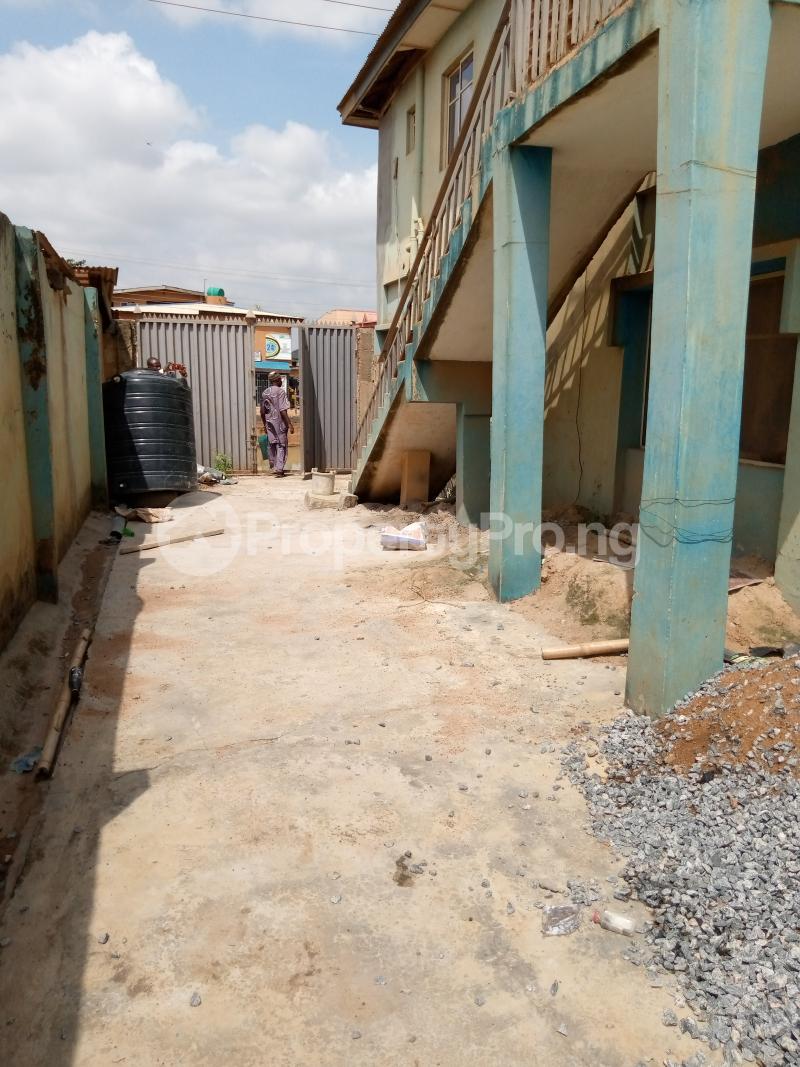 2 bedroom Blocks of Flats for sale Ope Ilu Road Agbado Ifo Ogun - 4