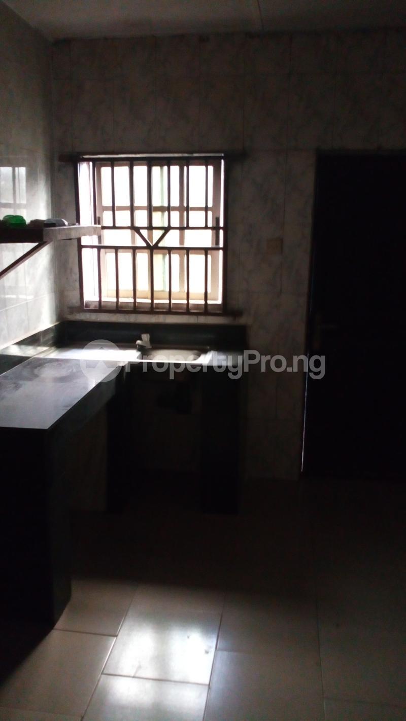 3 bedroom Blocks of Flats House for rent Old oko oba road agege egbatedo bus stop  Oko oba road Agege Lagos - 2